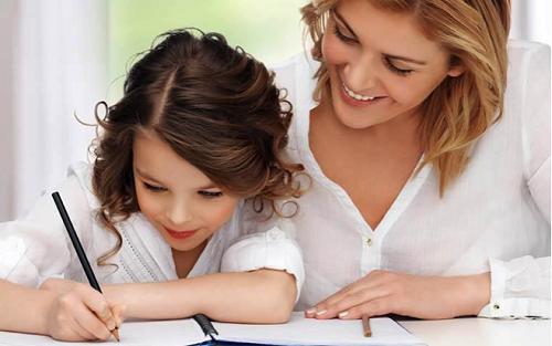 Dạy trẻ nhớ lâu bằng cách ghi chú mọi thứ ra giấy
